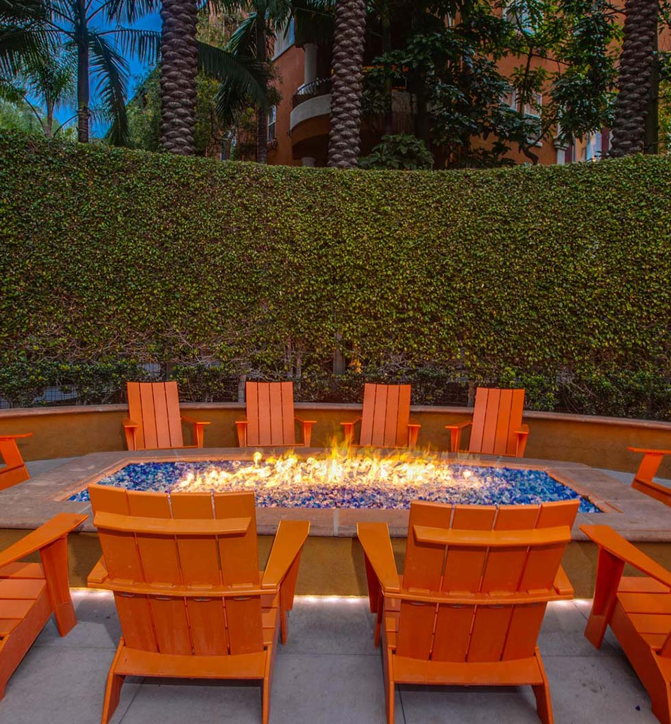 Palazzo East – Los Angeles, CA – Outdoor Firepit
